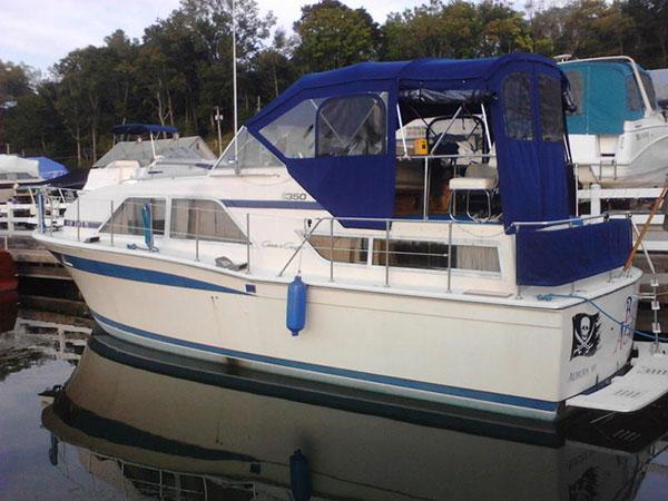 yacht-rental-2-sml