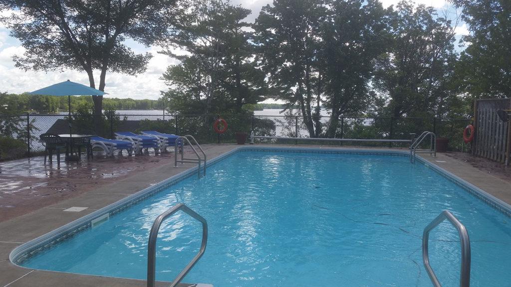 Lake Nipissing Northern Ontario Cottage Swimming Pool